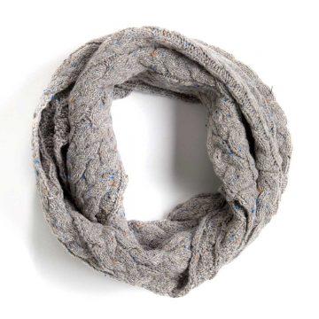 Halsduk - grå rundstickad